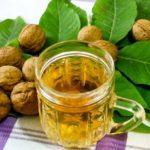 Польза и вред листьев, перемычек, настойки грецких орехов