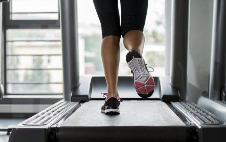польза бега на беговой дорожке