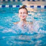 Польза и вред плавания для мышц, сердца, по утрам