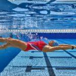 Польза и вред плавания для женщин