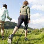 Польза и вред скандинавской ходьбы с палками для здоровья