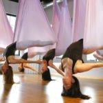 Противопоказания, польза и вред йоги в гамаках