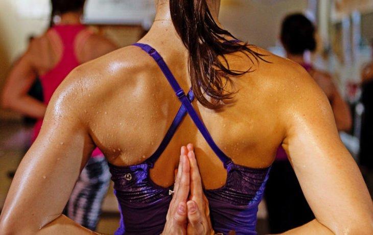 горячая йога польза и вред