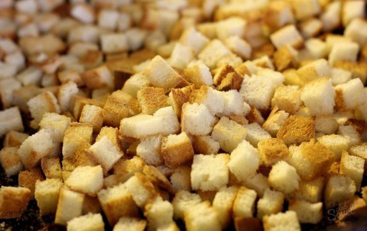 польза и вред сухарей из белого хлеба