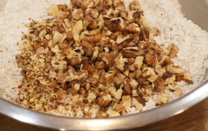 мука грецкого ореха польза и вред