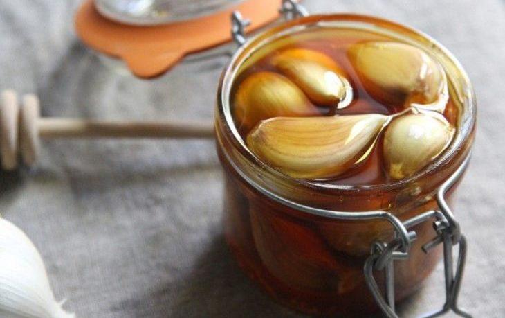 чеснок с медом натощак польза и вред