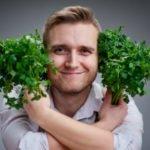 Польза и вред петрушки для здоровья организма мужчины