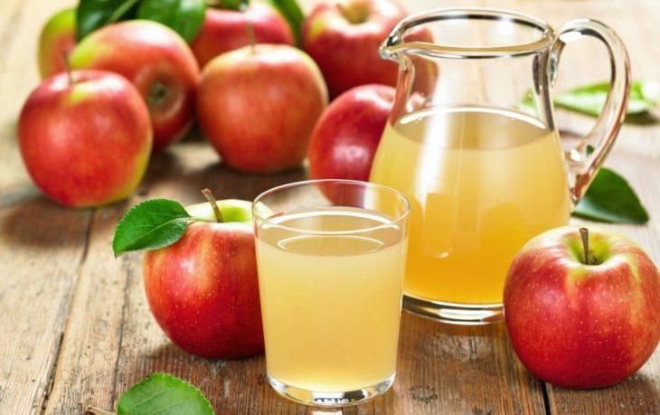 польза свежевыжатого сока яблока