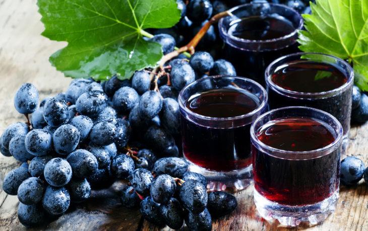 сок черного винограда польза