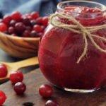 Польза и вред брусничного варенья при простуде, гриппе, гастрите, похудении