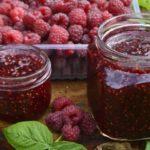 Польза и вред варенья из малины, черники, мяты