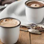 Противопоказания, польза и вред какао для сердца и сосудов, на ночь, по утрам