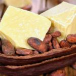 Противопоказания, польза и вред какао масла для кожи, лица, волос