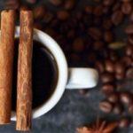 Противопоказания, польза и вред кофе с корицей, лимоном, коньяком, кардамоном, имбирем, медом