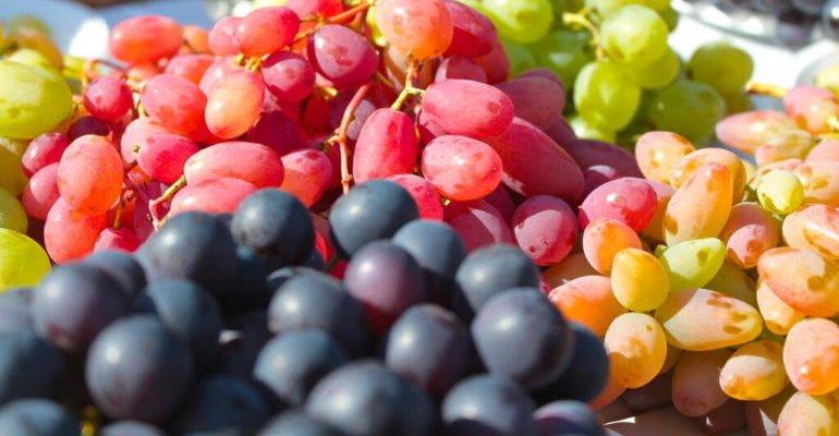 виноград красный польза