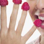 Противопоказания, польза и вред малины для здоровья организма женщины